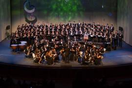 El Coro UPR y Coralia junto a la Banda Sinfónica UPR. (Suministrada)