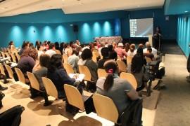 El foro Himno Mundial a la Humanidad tras los Ataques de París fue organizado por la Facultad de Estudios Generales de la Universidad de Puerto Rico, Recinto de Río Piedras. (Ronald Ávila/Diálogo)