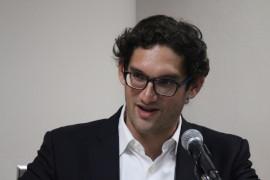 Hiram Meléndez Juarbe es catedrático y decano asociado en la Escuela de Derecho de la UPR. (Glorimar Velázquez / Diálogo)