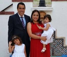 Mario Jiménez junto a su esposa Berenie Irizarry, su hija mayor Yulisa y su hija menor Marianela. (Facebook)