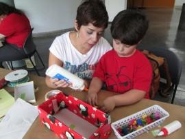 Taller cajitas para Día de Reyes. (Suministrada)