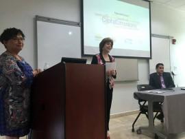 Dra. Blanca Ortiz junta a Sila Calderón durante presentación hallazgos de estudio en Centro para Puerto Rico