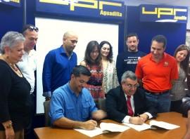 UPR-Aguadilla y Depto Recreación y Deportes firman acuerdo