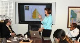 La doctora Ivonne Jiménez comparte datos sobre las investigaciones. (Suministrada)