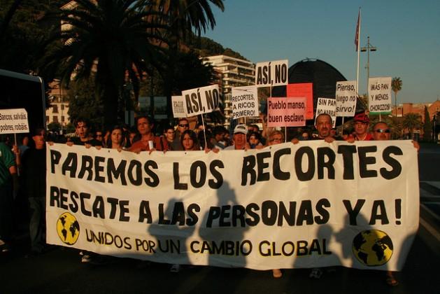 Miles de personas protestaban en 2012 contra las reformas emprendidas por el gobierno de Mariano Rajoy. Crédito: Inés Benítez/IPS.