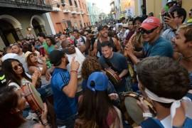 Las Fiestas de la Calle San Sebastián fueron un festín de plena de principio a fin. (Ricardo Alcaraz/Diálogo)