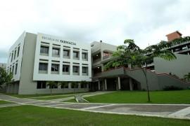 Escuela de Farmacia del RCM