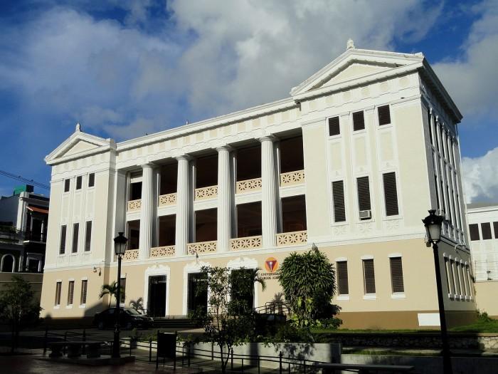 Universidad Carlos Albizu, en el viejo San Juan (suministrada)