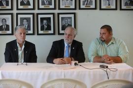 De derecha a izquierda-Pablo Jimenez, Raul Macchiavelli y Jorge Luis Gonzalez 02