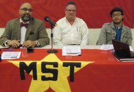 Desde la izquierda, José R. Rivera, Alejandro Torres y Raúl Báez. (Antonella Vega / Diálogo)