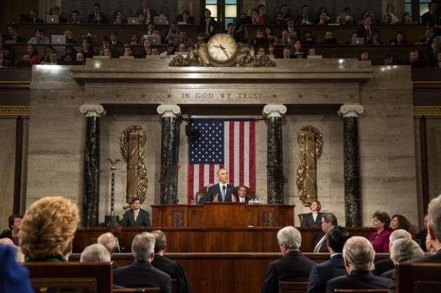 El presidente estadounidense Barack Obama pronuncia su anual discurso del Estado de la Unión en el edificio del Congreso en Washington, en enero de 2015. Crédito: Foto oficial de la Casa Blanca de Pete Souza.