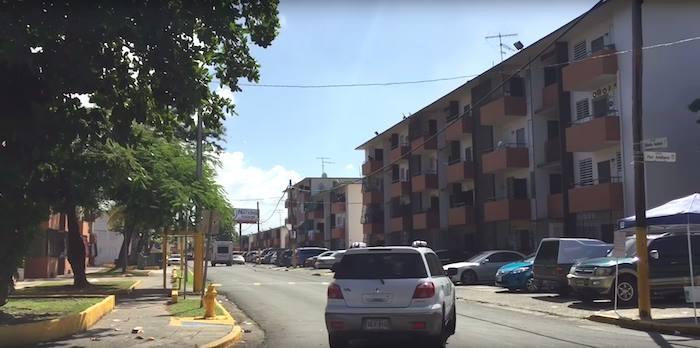 Residencial Luis Llorens Torres. (Ronald Ávila/ Diálogo)