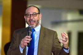 Dr Moisés Orengo, rector UPR Carolina