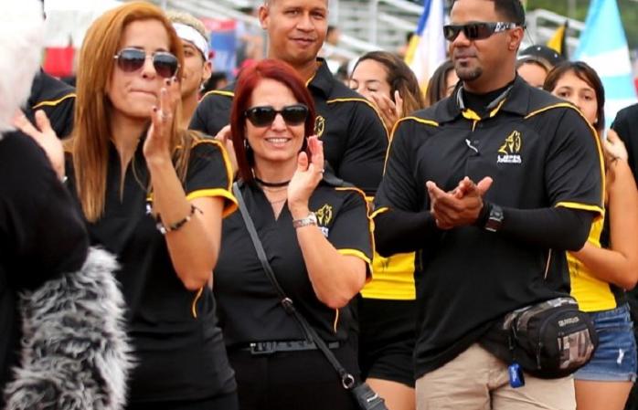 En el centro, Ruth Nieves, directora atlética de la UPR de Arecibo, lleva un año y medio en su puesto. (Fernando Neris Suministrada)