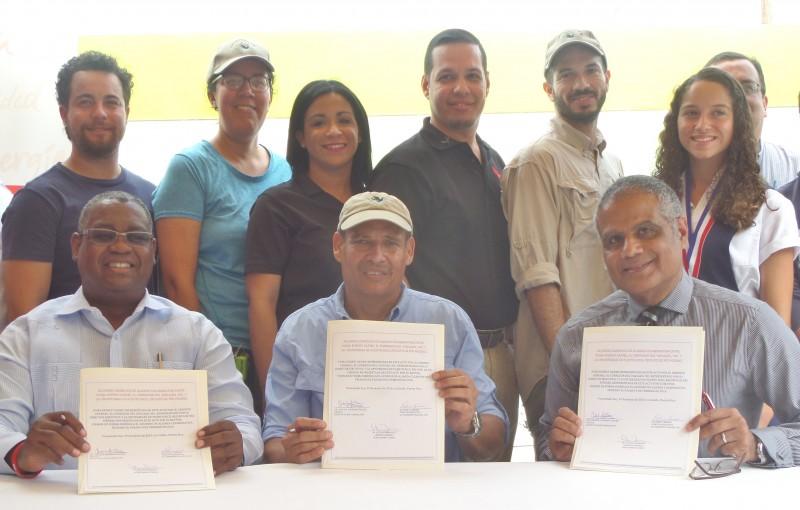 Representantes de la Universidad de Puerto Rico, Recinto de Rio Piedras (UPR-RP), Puma Energy Caribe y el Corredor del Yaguazo, Inc. (Suministrada)