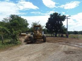 En la zona rural de Brito, en el departamento de Rivas, a 112 kilómetros al sur de Managua, comenzaron en diciembre de 2014 las primeras obras de infraestructura para el canal interoceánico de Nicaragua, con reparaciones de caminos de tierra para transporte terrestre. Desde entonces, las obras de infraestructura no han tenido más avances. Crédito: Ramón Villareal/IPS