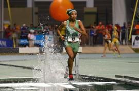 Ashley Laureano ganó oror en 3,000 metros con obstáculos. (David Pérez/ Diálogo)