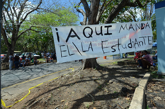 Foto tomada en la huelga de la UPR Bayamón (Ricardo Alcaraz/ Diálogo)