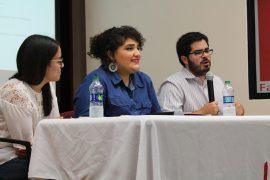 De izquierda a derecha, Melissa Villanueva, María Dávila y Guillermo Guasp. (Michelle Estades/ Diálogo)