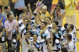 UPR Bayamón celebra su victoria en las Justas 2016. (Rosaura Jiménez/ Diálogo)