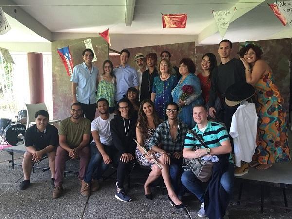 Teofilo Torres 1er elenco obra Se vende un pais – Teatro Rodante UPR Carolina