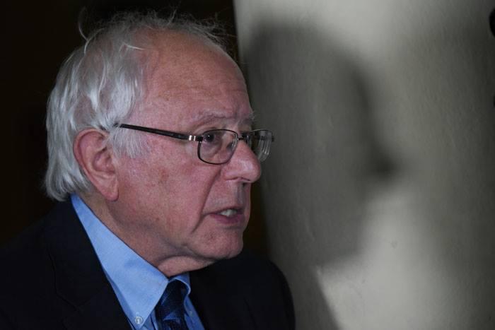 Sanders en su visita al Recinto de Río Piedras de la UPR en mayo pasado. (Ricardo Alcaraz / Diálogo)