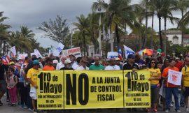 Marcha contra la Junta de Control Fiscal