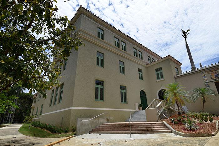 Edificio Felipe Janer, UPRRP (Ricardo Alcaraz/Diálogo)