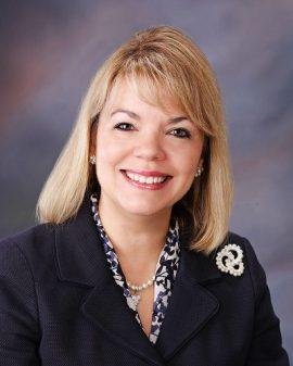 Dra. Ana N. López Fuentes, Decana de la Escuela de Medicina Dental del RCM