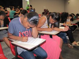 Estudiantes de la escuela Barbosa compiten en la UPRRP. (Suministrada)
