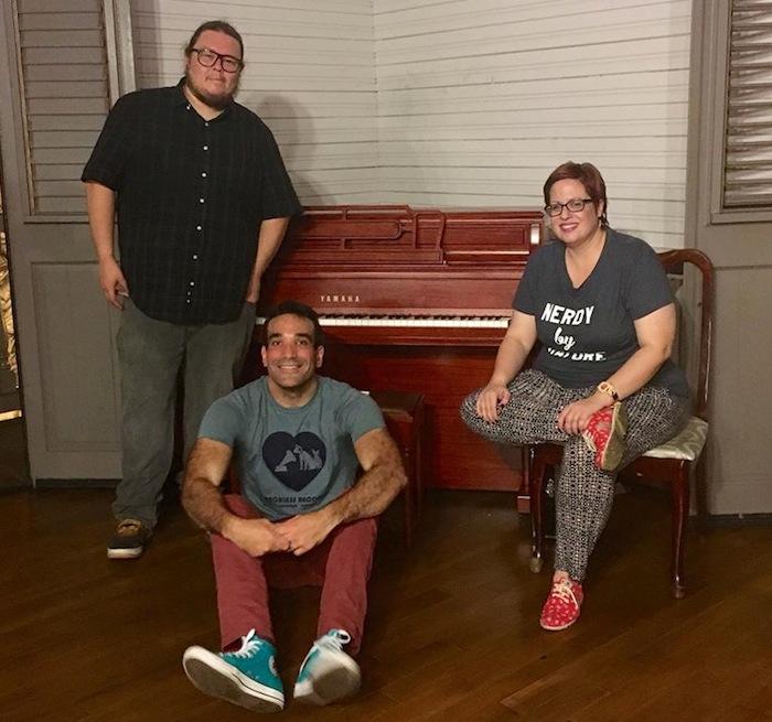 Rubén, Guillermo Rebollo-Gil y Cindy. (Facebook)