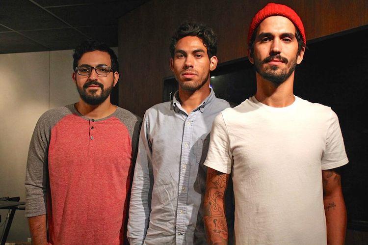 Christian Acevedo, Elías Cuevas y Carlos Rodríguez son los integrantes de la banda Polem. (Michelle Estades/Diálogo)