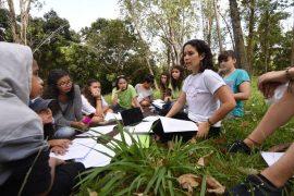 En el campamento se discuten temas tales como la violencia, los conflictos, la toma de decisiones en consenso, las emociones y la comunicación empática con el fin de crear soluciones sociales.  (Ricardo Alcaraz/ Diálogo)