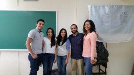 Estudiantes que participaron en el Proyecto de Redacción Digital con el Dr. Héctor Aponte Alequin.