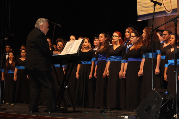 Coro de la UPR Carolina. (Glorimar Velázquez/ Diálogo)