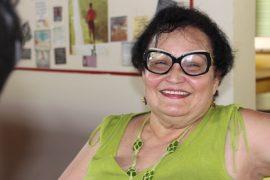 Marta Nydia, hoy con 70 años, completó un bachillerato en lenguas extranjeras, filosofía y ciencia política entre el 2010 y el 2016. Ahora comienza su tesis de maestría en filosofía. (Glorimar Velázquez / Diálogo)