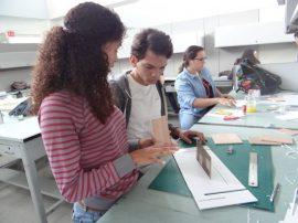Foto 1c- Durante taller de arquitectura