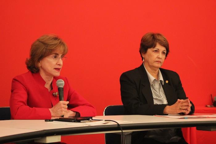 Doctoras Celeste Freytes y María de los Ángeles Castro.