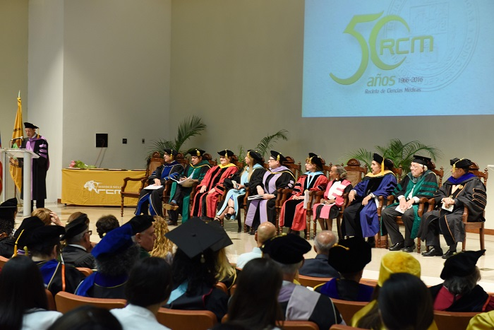 Ceremonia Distinciones Académicas RCM (Sumistrada).
