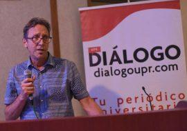 Luis Fernando Coss, profesor, exdirector y uno de los fundadores del medio. (Ricardo Alcaraz/ Diálogo)
