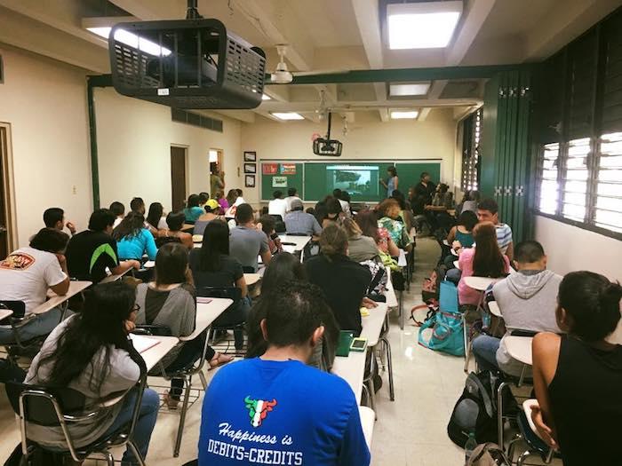 Sesión de emprendimiento en UPR Cayey. (Suministrada)
