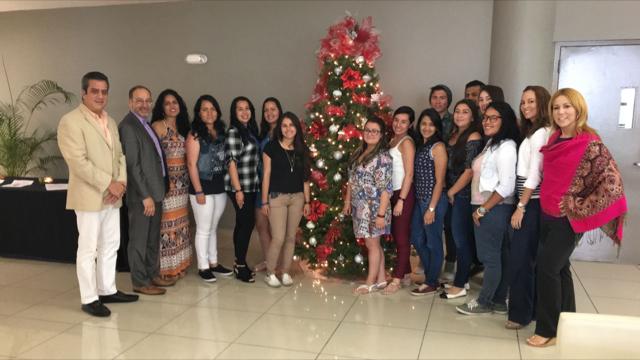 Foto Estudiantes Colombianos en UPR CArolina