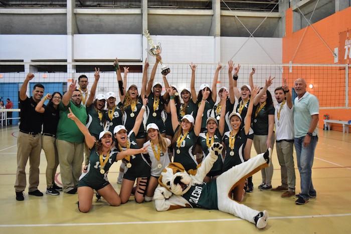 Después de 30 años, las Juanas del Colegio lograron un campeonato en el vólibol fémenino de la LAI. (Suministrada)