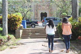 Estudiantes en el Recinto de Río Piedras de la UPR. (Zahaira Cruz/ Diálogo)