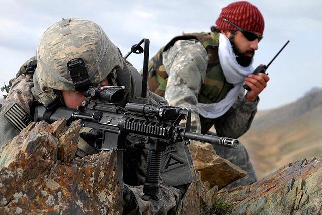 soldado de eu en afganistan