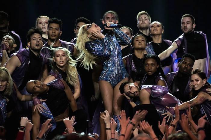Lady  Gaga en su presentación del Super Bowl LI (Facebook / Lady Gaga)