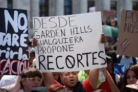 Protesta pacífica de estudiantes de la UPR en el Capitolio. (Ricardo Alcaraz / Diálogo)