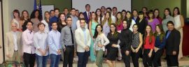 Estudiantes y profesores de UPR-Cayey participantes del estudio publicado en la prestigiosa revista Nature Microbiology.