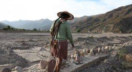 En la mayor parte de los Andes, en Suramérica, se estima que la erosión del suelo es uno de los principales factores que limitan la producción agrícola. (Juan I. Cortés / IFAD)