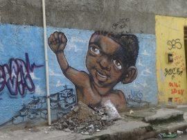 Mural de empoderamiento del movimiento negro en un barrio pobre de Río de Janeiro, en Brasil, el país con más población de origen africano, fuera de la misma África. Crédito: Fabiana Frayssinet/IPS